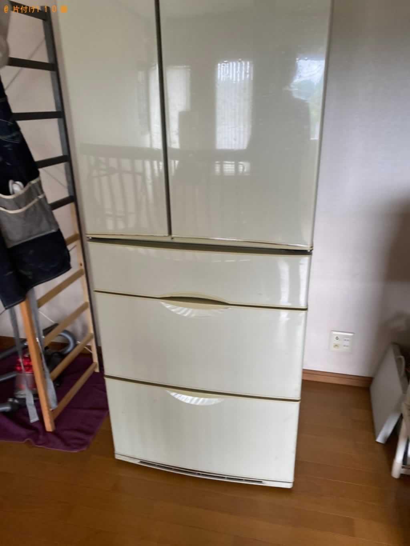 冷蔵庫回収施工前