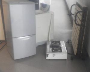 新潟市にて、洗濯機、ガスコンロなどの回収処分1
